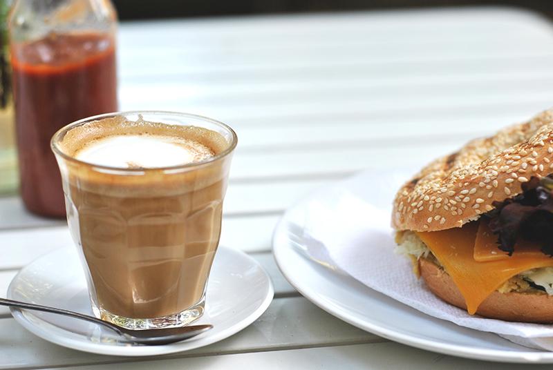 koffie en bagel